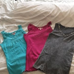 Tops - 3 for $5 - tank top lot, size m